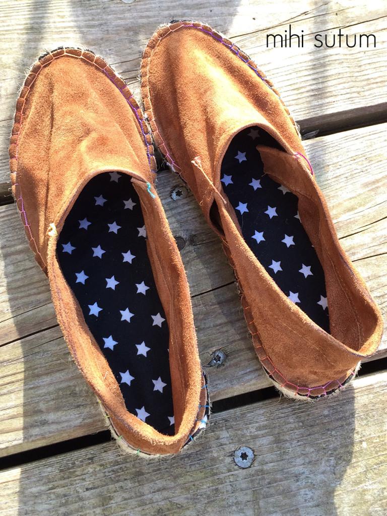 Schuhe ganz
