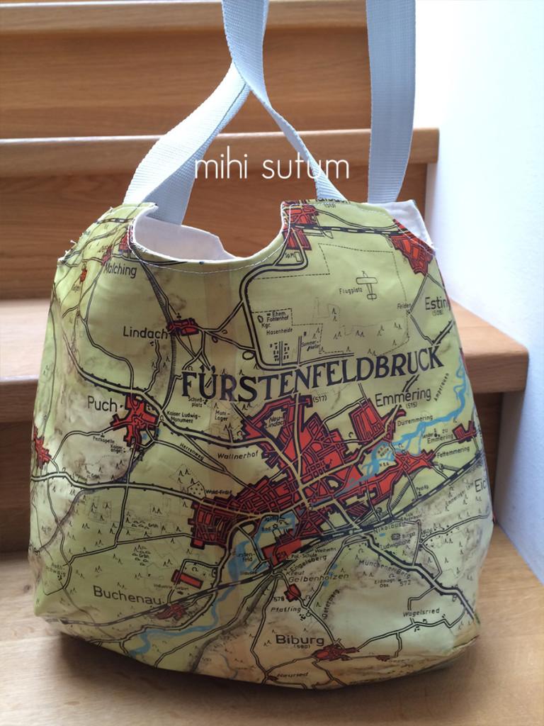 Kartenupcycling reversible bag FFB vorn