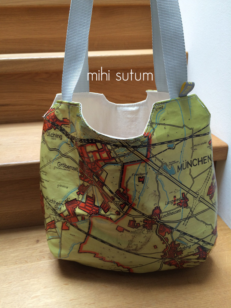Kartenupcycling reversible bag ffb seite2
